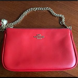 Coach beautiful clutch